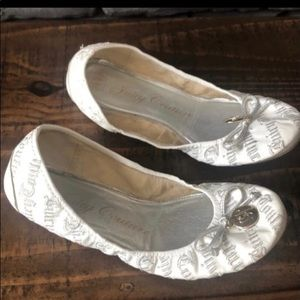 Juicy Couture White ballet Flats 6